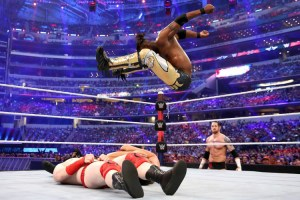 WrestleMania 32 - New Day vs LON