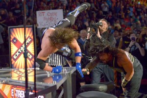 Extreme Rules 2016 - Reigns vs Styles