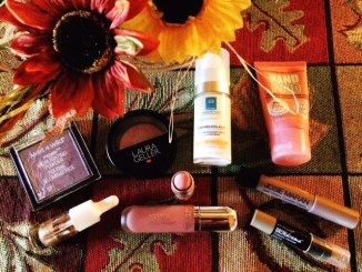 Josie Maran Argan Creamy Concealer Crayon & 8 More in My Beauty Bag!