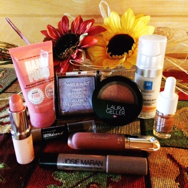 Josie Maran Argan Creamy Concealer Crayon & 8 More in my Beauty Bag this October!