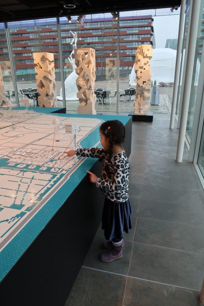 Een aantal redenen waarom kunst, cultuur en theater goed is voor je kind