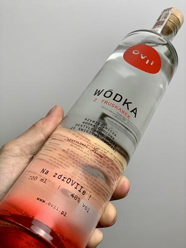 700 ml polskiej egzotyki - wódka z truskawek