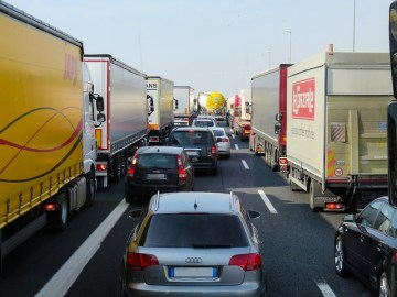 common causes of truck accidents snyder law group