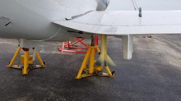 Hawker 700 Static Display Wing Mount