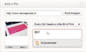 In de description-box tag je gemakkelijk een van je Pinfriends.