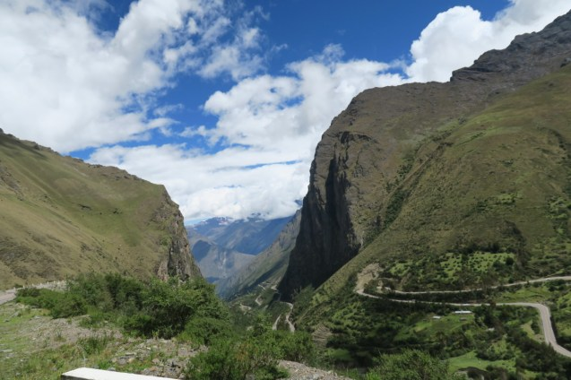 The drive into the Sacred Valley.
