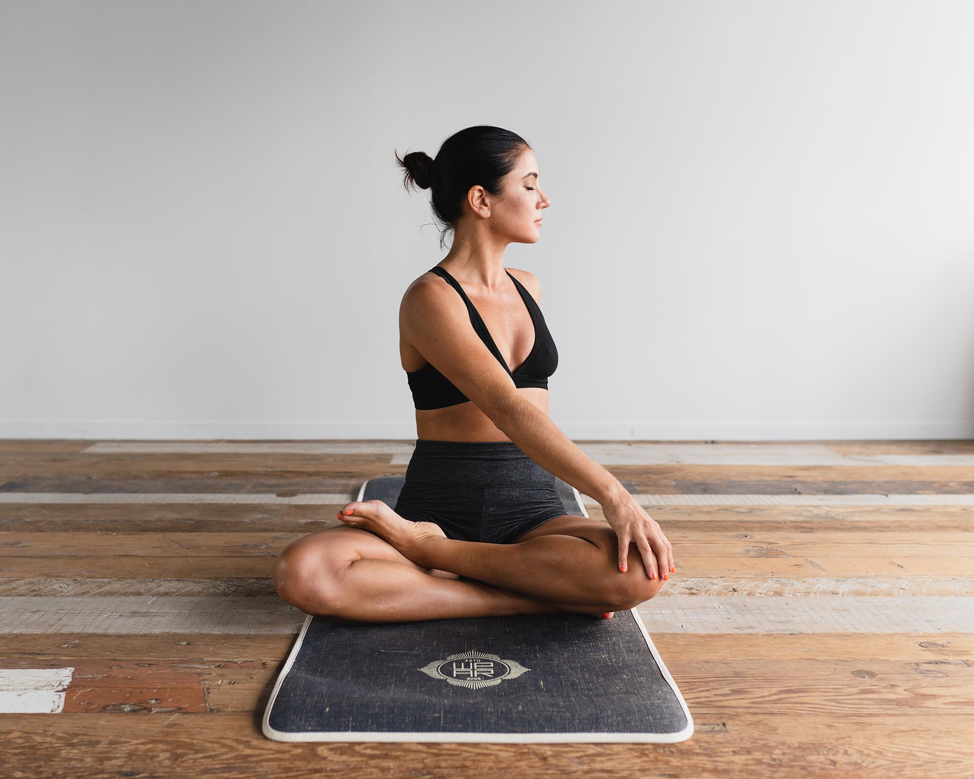 10 Daily Yoga Poses for Everyday Problems