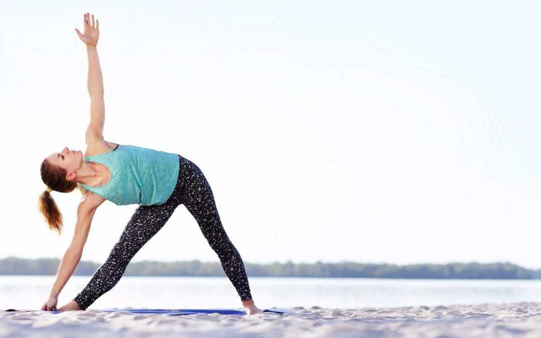 How to do Trikonasana (Extended Triangle Pose)