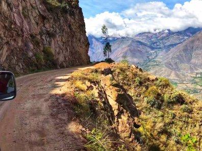 The narrow Road to Caraz after the Santa Cruz Trek