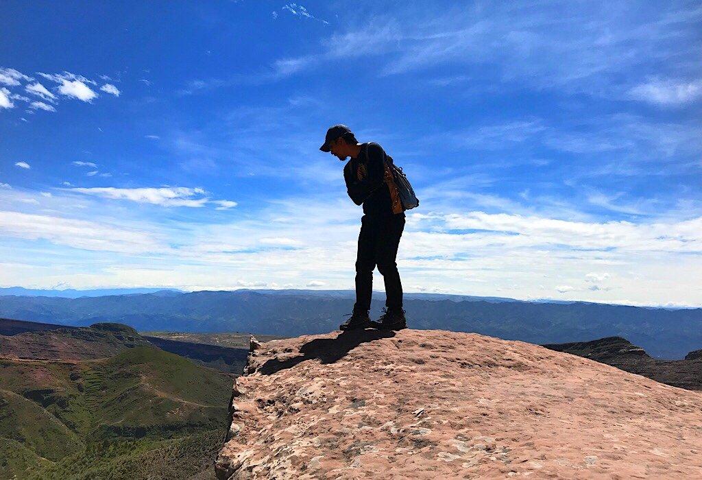 Trin looking into the Torotoro Valley