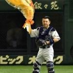 ハタケヤマのミットを使用している谷繁選手兼任監督が3000試合出場を達成!