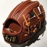 【ベースボールセレクト】5/10のPick up:タマザワ スワロー限定硬式内野手用 KANTAMA-T6ISW!