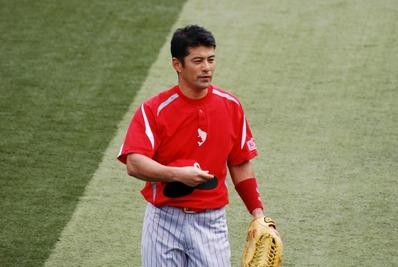 広島東洋カープ 緒方選手 ザナックス