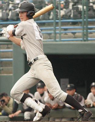 熊本工業 西山選手 久保田スラッガー スパイク2