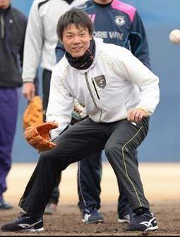 中日 大島選手 SSK ウェア