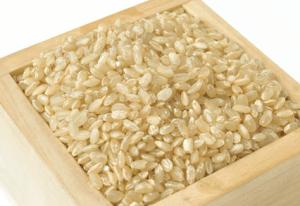 玄米の栄養効果はお肌や美容に最高!ツルツル肌の森本ちゃんです。
