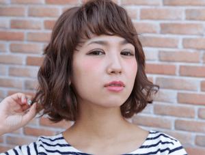 似合うショートヘアのポイントは前髪とパーマ!冬の髪型はこれで決まり
