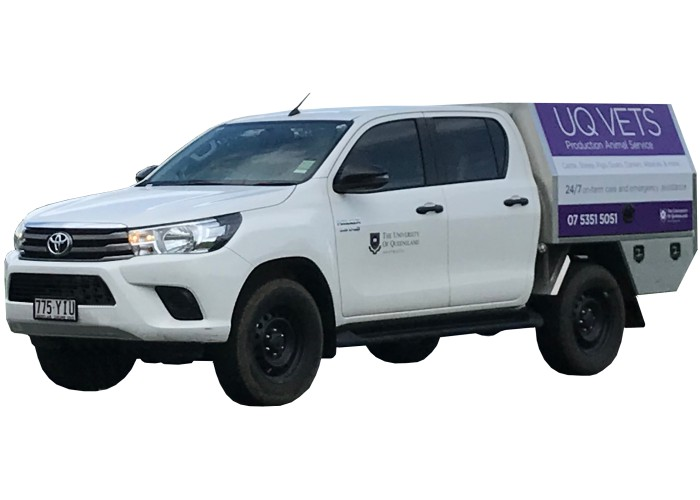 4DE-0092 UQ Vets Toyota Hilux Custom Canopy 4D Engineering 01