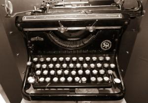 schreibmachine_pixabay_dantetg