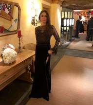 Daily-Style-Pill-Kareena-Kapoor-Khan-has-a-way-with-a-black-dress-nude-lips-and-making-an-entrance-for-NYE-2018-1