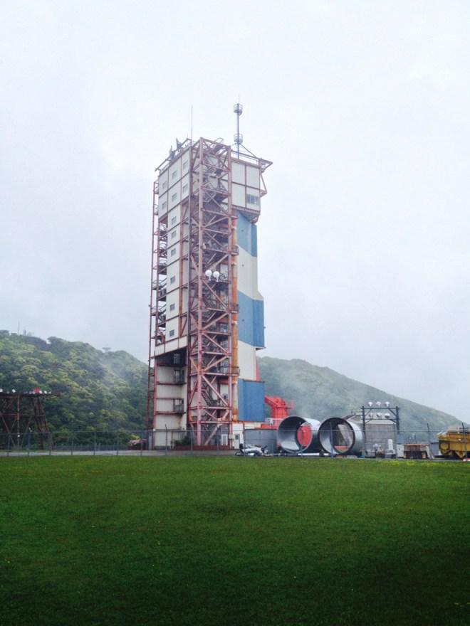 M型ロケット整備塔