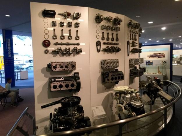 エンジン部品の展示 | トヨタ産業技術記念館