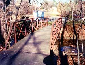 Photograph of footbridge over Wolftrap Creek