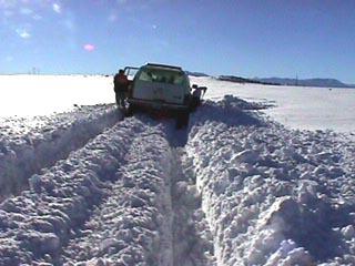 Hasil gambar untuk snow blocked roads