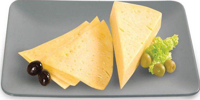 طريقة عمل الجبنة الرومي في المنزل