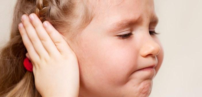 إرتشاح الماء خلف طبلة الأذن والأعراض والعلاج