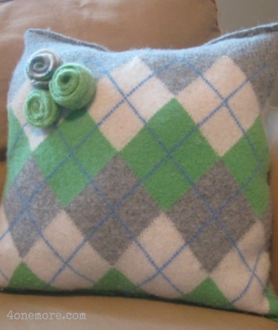 argyle felted wool sweater pillow l 4onemore.com