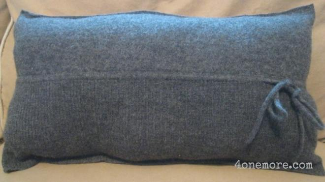 sweater pillow l 4onemore.com