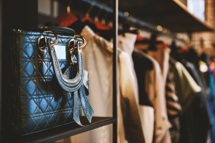Tasche im Laden