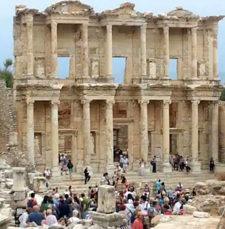 Explore The Ancient City of Ephesus!