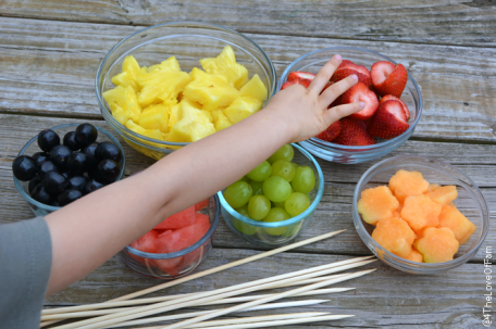 Every time we make these, they are a huge hit! Yummy Fresh Fruit Wands Recipe~ perfect for parties or everyday summer fun! DIY