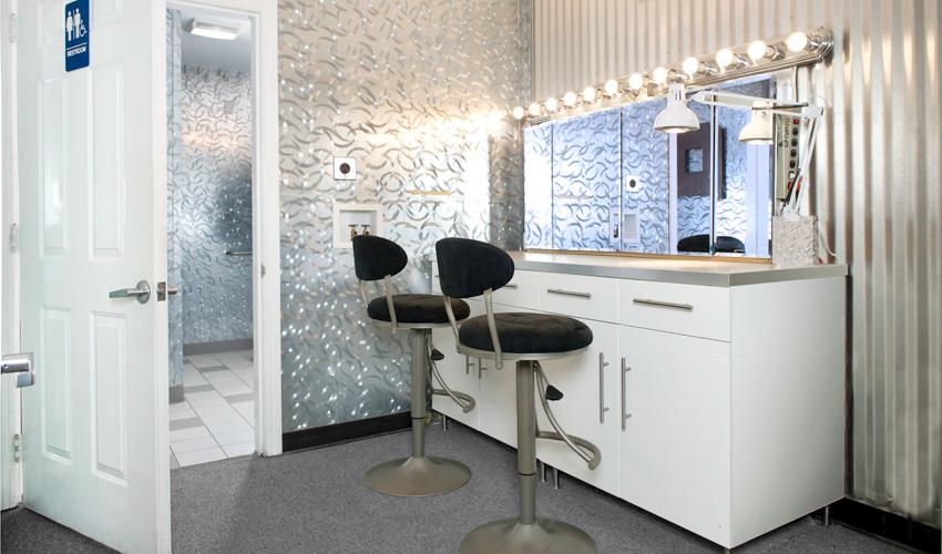 Make-up Room | 4th Street Studios on Make Up Room  id=48719