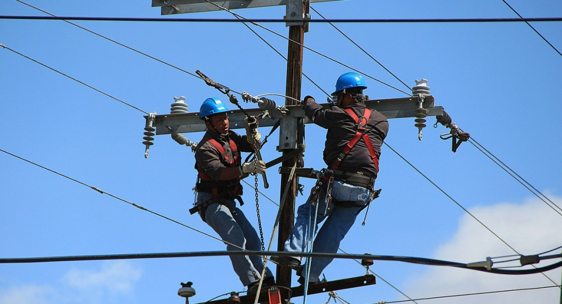 Régimen puede bajar la tarifa eléctrica, pero no es negocio