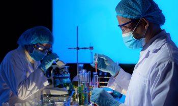 Las vacunas y el esfuerzo mundial por tener una contra el Covid-19