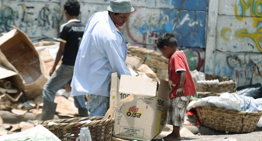 Estudio de Oxfam identifica a ganadores en la pandemia, incluso en Latinoamérica