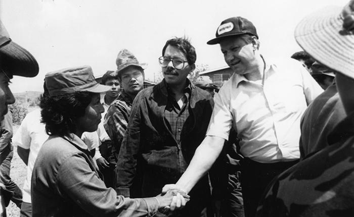 ¿Por qué los sandinistas adelantaron las elecciones en 1990?