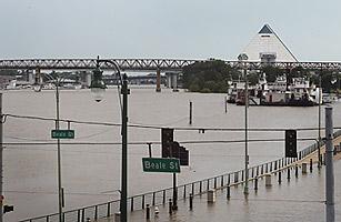 Mississippi River Flood Concerns Hurt Memphis Tourism