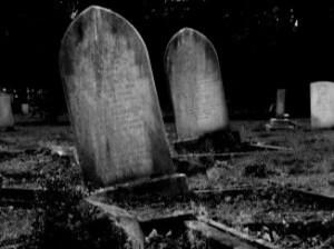 tumba-de-piedra_21126875