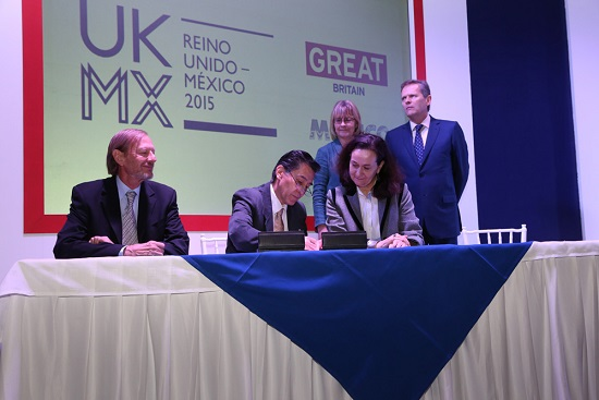 AMC FIRMA CONVENIO BRITISH COUNCIL