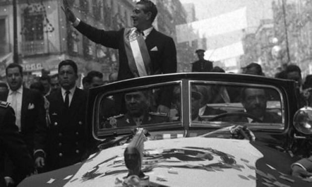 Escena imposible repetir en estos tiempos de  entreguismo de los recursos de la Nación (Foto: Archivo de 10)