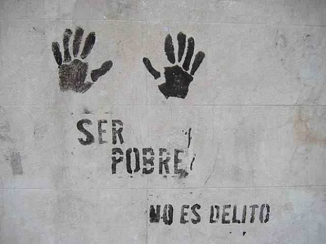 ser pobre no es crimen