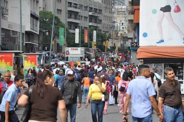 CARACAS VENEZUELA GENTE CALLE