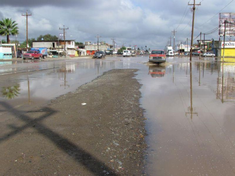 Las calles del valle de San Quintín, tras las lluvias del martes 5 de enero (Foto: internet).