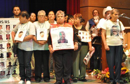 En Cuauhtémoc, Chihuahua, fueron desaparecidas familias completas por parte de policías militares durante el sexenio de Felipe Calderón Hinojosa. Esos crímenes de lesa humanidad continúan impunes.