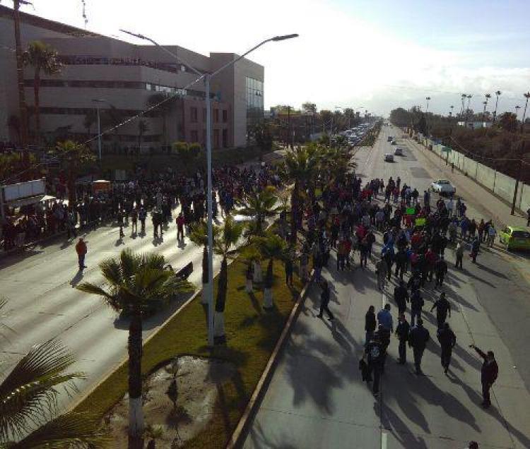 burocratas-protesta-no-pago