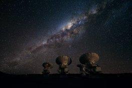 4 antenas de ALMA en el Array Operations Site (AOS), localizado a 5000 metros de altitud